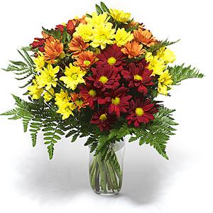 Kocaeli uluslararası çiçek gönderme  Karisik çiçeklerden mevsim vazosu