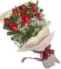 11 adet kirmizi güllerden özel buket  Kocaeli hediye sevgilime hediye çiçek