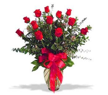 çiçek siparisi 11 adet kirmizi gül cam vazo  Kocaeli çiçek servisi , çiçekçi adresleri