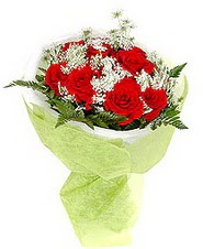 Kocaeli çiçek siparişi vermek  7 adet kirmizi gül buketi tanzimi