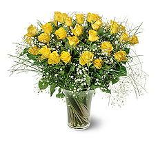 Kocaeli uluslararası çiçek gönderme  15 adet sarigül mika yada cam vazoda