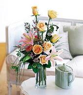 Kocaeli çiçek siparişi vermek  cam yada mika vazo içerisinde gül kazablanka