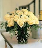 Kocaeli uluslararası çiçek gönderme  11 adet sari gül mika yada cam vazo tanzim