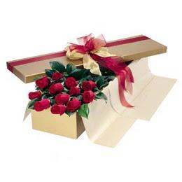 kaliteli taze ve ucuz çiçekler  10 adet kutu özel kutu