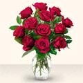 çiçek siparişi sitesi  10 adet gül cam yada mika vazo da