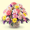 Kocaeli güvenli kaliteli hızlı çiçek  sepet içerisinde gül ve mevsim