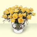 Kocaeli çiçekçiler  11 adet sari gül cam yada mika vazo içinde