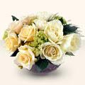 çiçekçi telefonları  9 adet sari gül cam yada mika vazo da  hediye çiçek yolla