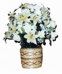 yapay karisik çiçek sepeti   çiçek yolla