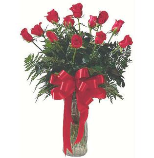 12 adet gül cam içerisinde  kaliteli taze ve ucuz çiçekler