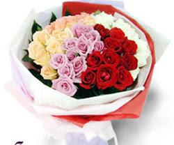 SEVENLERE ÖZEL 51 ADET GÜL  14 şubat sevgililer günü çiçek