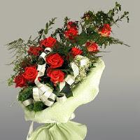 Kocaeli online çiçek gönderme sipariş  11 adet kirmizi gül buketi sade haldedir