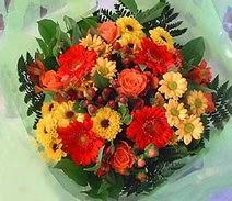 Kocaeli online çiçek gönderme sipariş  sade hos orta boy karisik demet çiçek