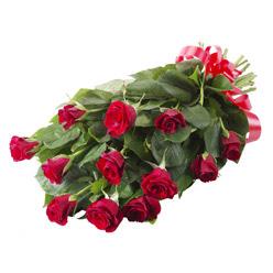11 adet kirmizi gül buketi  Kocaeli çiçek satışı