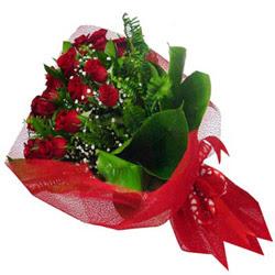 çiçek gönderme  12 adet kirmizi essiz gül buketi - SEVENE ÖZEL