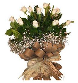 Kocaeli çiçekçiler  9 adet beyaz gül buketi
