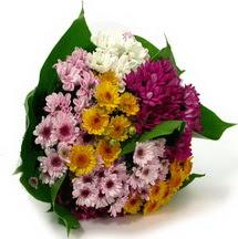 Kocaeli çiçekçiler  Karisik kir çiçekleri demeti herkeze