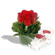 Mika kalp içerisinde 9 adet kirmizi gül  Kocaeli çiçek gönderme sitemiz güvenlidir