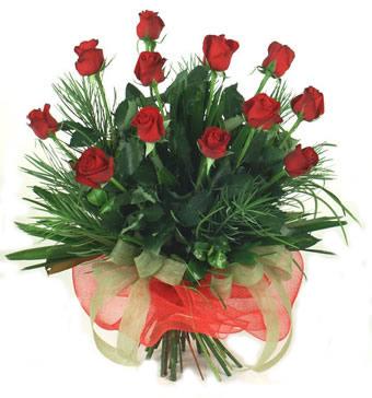 Çiçek yolla 12 adet kirmizi gül buketi  çiçekçi telefonları