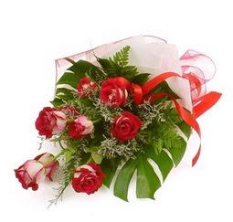 Çiçek gönder 9 adet kirmizi gül buketi  çiçek online çiçek siparişi