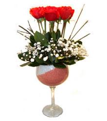 Kocaeli anneler günü çiçek yolla  cam kadeh içinde 7 adet kirmizi gül çiçek