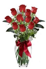 11 adet kirmizi gül vazo mika vazo içinde  yurtiçi ve yurtdışı çiçek siparişi