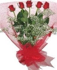5 adet kirmizi gülden buket tanzimi  çiçek siparişi sitesi