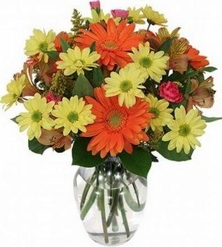 Kocaeli çiçek yolla , çiçek gönder , çiçekçi   vazo içerisinde karışık mevsim çiçekleri