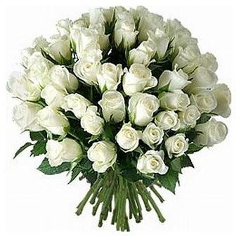 Kocaeli çiçek gönderme sitemiz güvenlidir  33 adet beyaz gül buketi