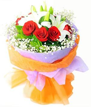 Kocaeli çiçekçi mağazası  1 dal kazablanka 7 adet kırmızı gül buketi