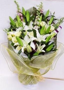 Kocaeli çiçek gönderme sitemiz güvenlidir  3 adet kazablankalardan görsel buket çiçeği