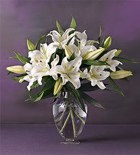 hediye çiçek yolla  4 dal cazablanca vazo çiçeği