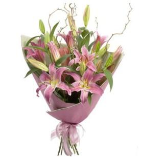 hediye çiçek yolla  3 dal cazablanca buket çiçeği
