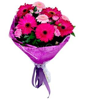 Kocaeli uluslararası çiçek gönderme  karışık gerbera çiçeği buketi