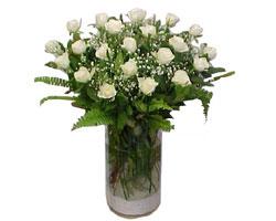 Kocaeli çiçek satışı  cam yada mika Vazoda 12 adet beyaz gül - sevenler için ideal seçim