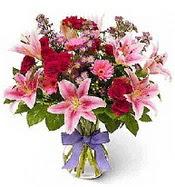 Vazo içerisinde karışık mevsim çiçeği  Kocaeli uluslararası çiçek gönderme