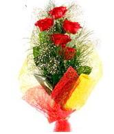 5 li kırmızı gül buketi  14 şubat sevgililer günü çiçek