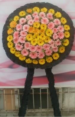 Görsel cenaze çiçeği  Kocaeli anneler günü çiçek yolla