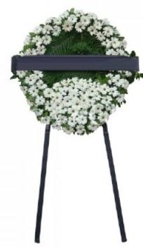 Cenaze çiçek modeli  yurtiçi ve yurtdışı çiçek siparişi