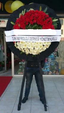 Cenaze çiçek modeli  Kocaeli uluslararası çiçek gönderme