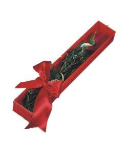 Kocaeli İnternetten çiçek siparişi  tek kutu gül sade ve sik