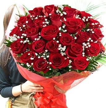 Kız isteme çiçeği buketi 33 adet kırmızı gül  Kocaeli çiçekçi mağazası