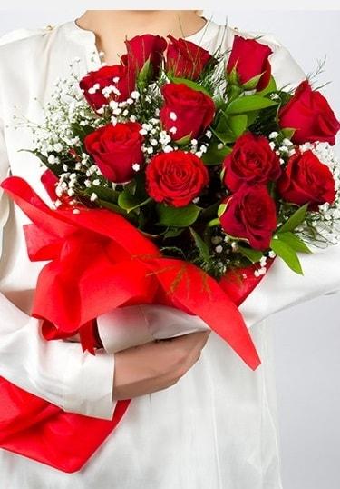 Aşk Gülleri 11 Adet kırmızı gül buketi  Kocaeli çiçekçiler
