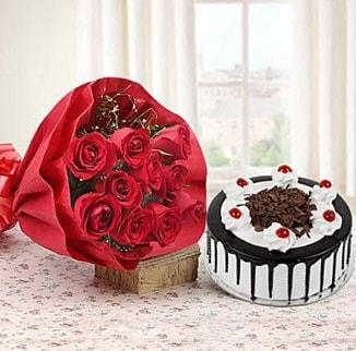 12 adet kırmızı gül 4 kişilik yaş pasta  Kocaeli çiçek siparişi vermek