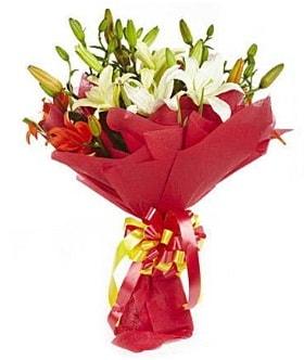 5 dal kazanlanka lilyum buketi  Kocaeli çiçekçi mağazası
